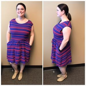 GAP XL dress blue and red stripes with pockets